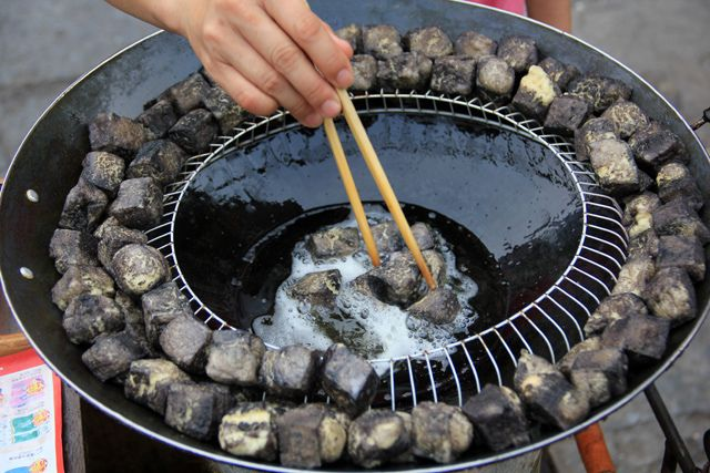 China Hunan Fried Stinky Tofu. (by Migration Mark, via Flickr).