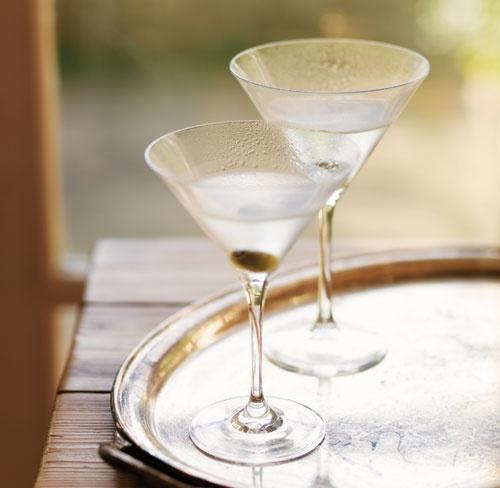 How to make The Perfect Martini | Shaken or stirred? | Pinterest