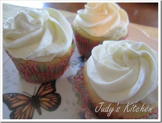 lemon cream cupcakes (2) | Cakes~~Cupcakes | Pinterest