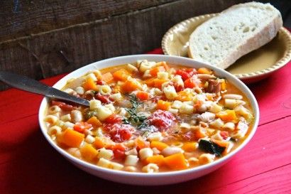 ... thyme, diced tomatoes, broth, small pasta, white beans, spinach, white