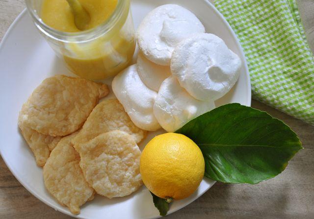 Lemon Meringue Pie Cookies!