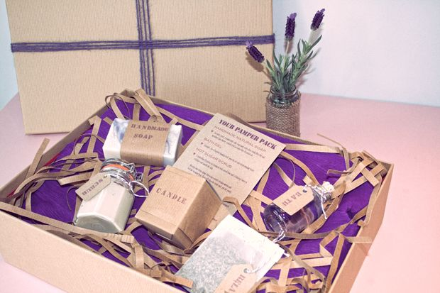 Do It Yourself Wedding Gift Box : Idea, Gift Box, Brown Paper Box, Crafts, DIY, Do it Yourself, Weddings ...