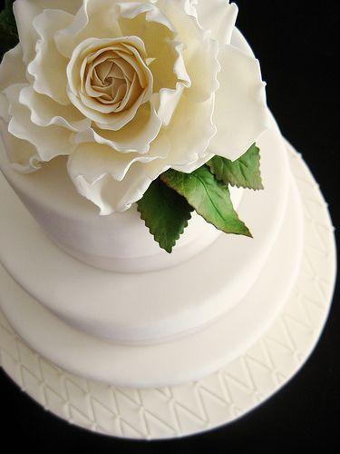 Meyer Lemon Cake with Vanilla Swiss Meringue Buttercream filling ...