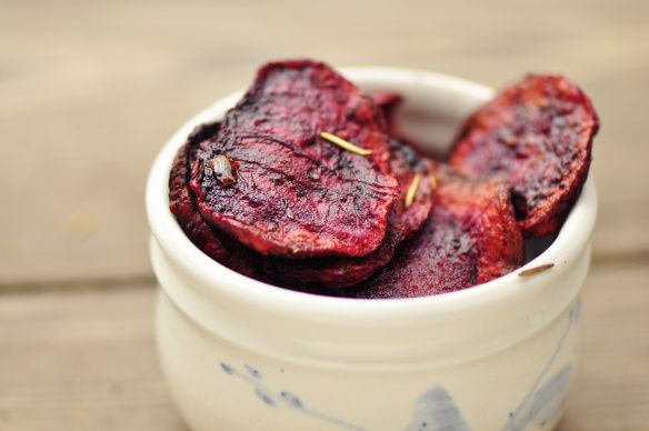 Rosemary & sea salt baked beet chips - gotta make some use of the ...