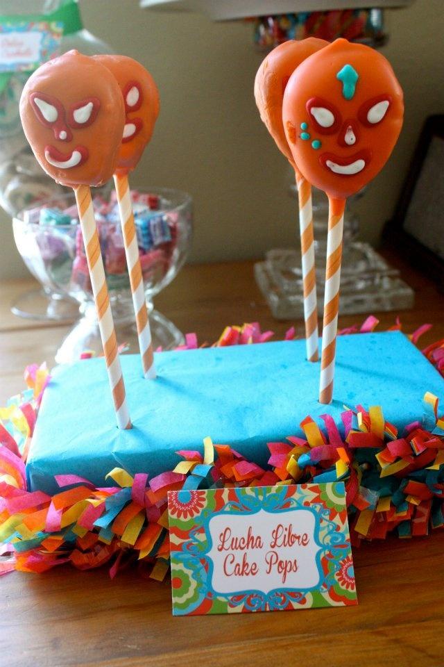 lucha libre cake