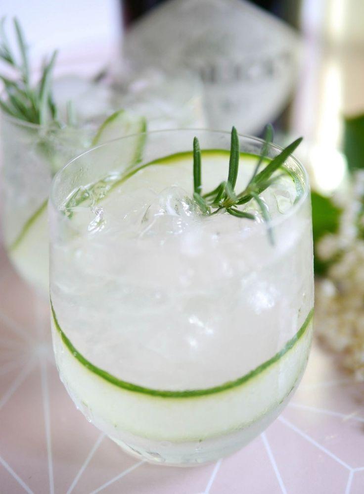 Homemade Elderflower Cordial: Cucumber & Gin Fizz