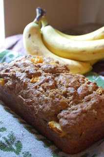 Vegan mango banana bread. My sisters blog! :)