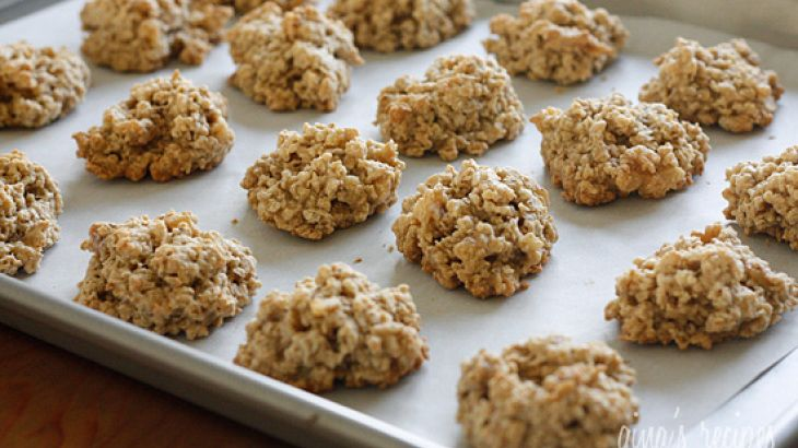 Chewy Low Fat Banana Nut Oatmeal Cookies | Deserts | Pinterest