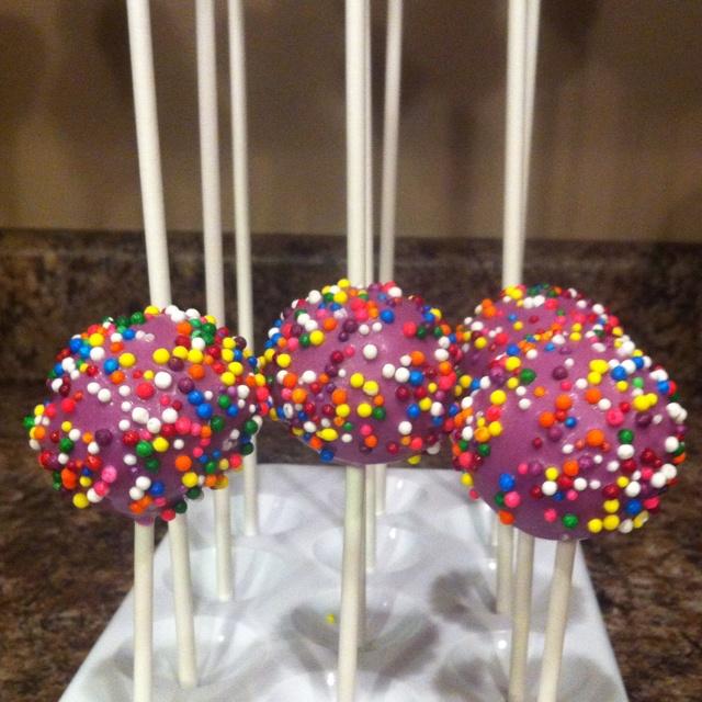 Vanilla cake pops | Cakes! | Pinterest