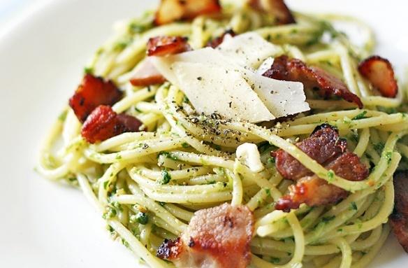 Pesto pasta with bacon. Yum! | iFood & iDrink | Pinterest