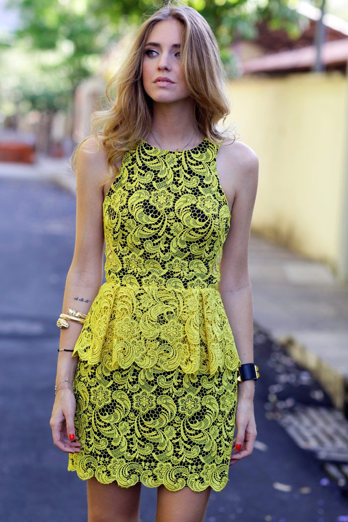 This Dress is to die for, so amazing!    http://www.theblondesalad.com/