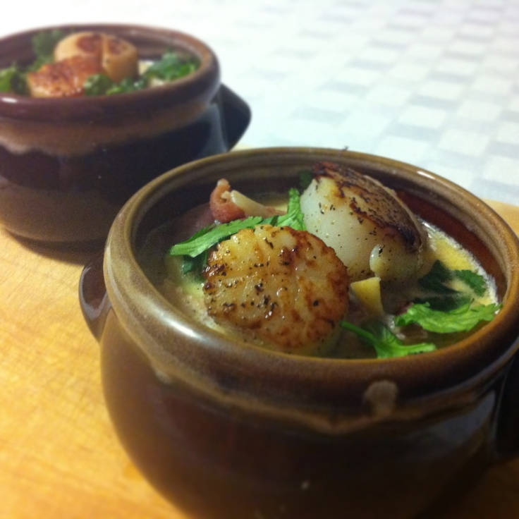 Parsnip and Potato Chowder topped with seared scallops #dinner #soup