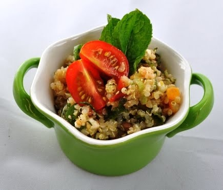 Lipstick Blogger: Quinoa Tabbouleh Salad | in the kitchen | Pinterest