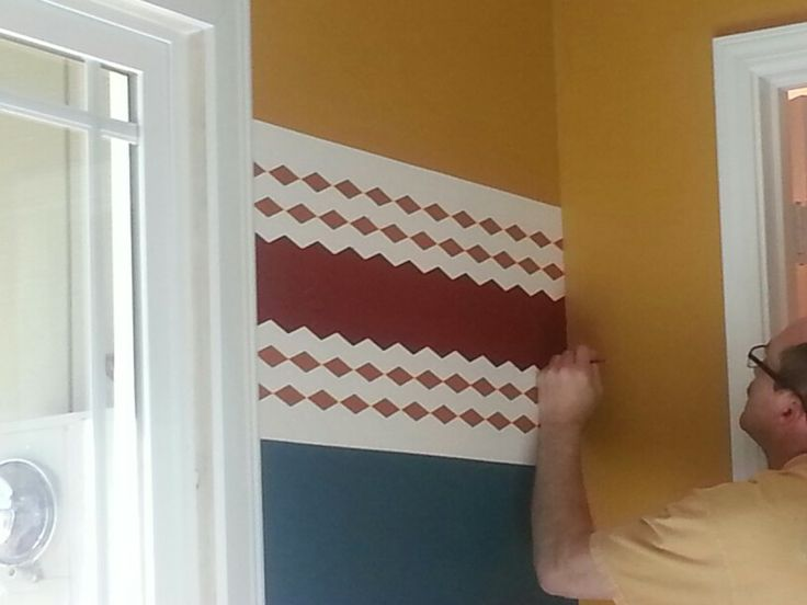 To paint a diamond accent wall using scotchblue painter s tape - Wall Design Using Frog Shape Tape Diy Everything Pinterest