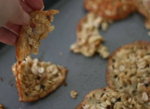 oatmeal almond lace cookies | Shouldn't be eating this but I want to ...