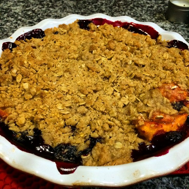 Peach blueberry crumble. | Eating and Drinking | Pinterest