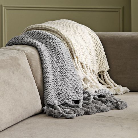 Home Decorating on Chunky Tassel Throw   Home Decor