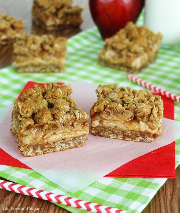 Cinnamon Apple Oatmeal Cheesecake Cookie Bars | Recipe