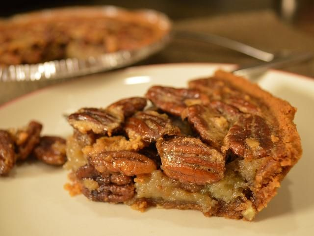Easy pecan pie | Because I'm a fatty bread... | Pinterest