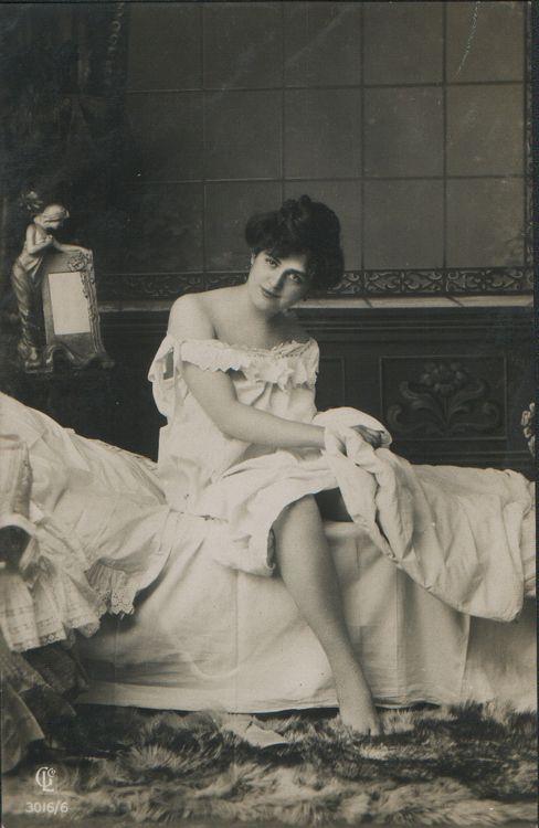 Girl in nightdress ca. 1900