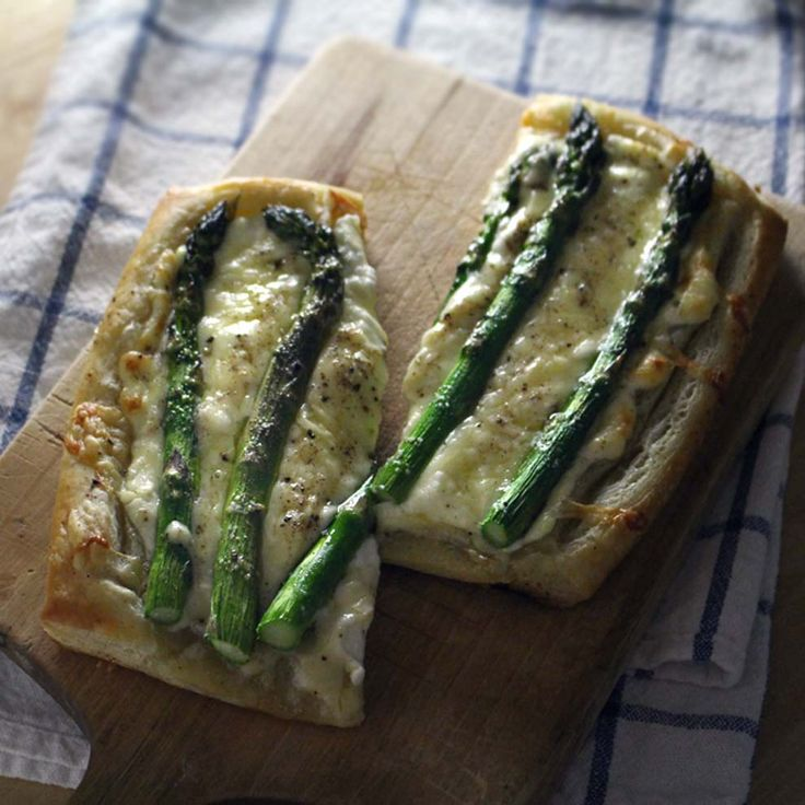 Asparagus Tart with Goat Cheese and Gruyere | Fresh spring asparagus ...