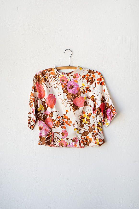 vintage 60s blouse, floral pattern, pink, orange