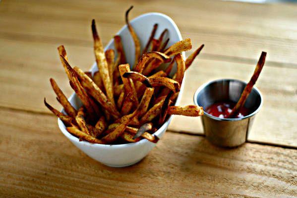 Old Bay Parsnip Fries. #paleo #vegan #eatclean http://www ...