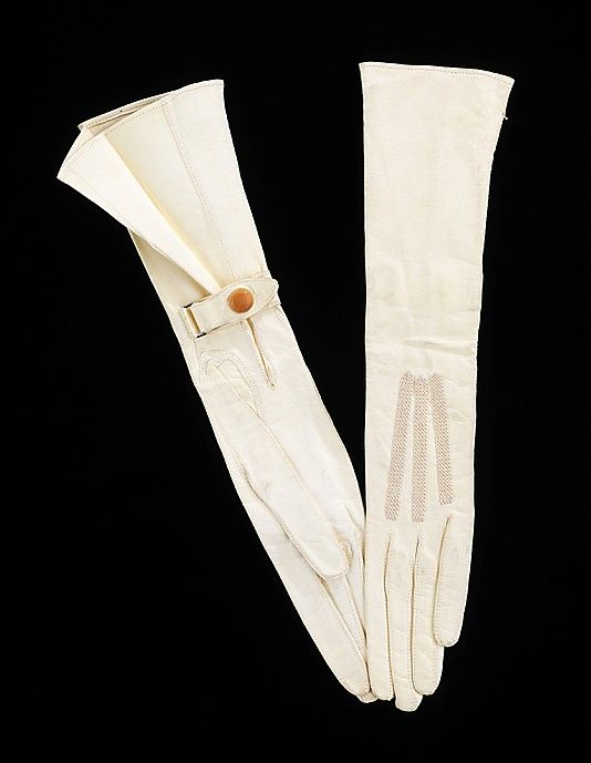 Leather gloves c. 1918