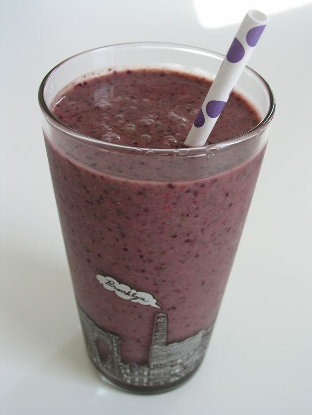 Green berry smoothie | Blender Ideas | Pinterest