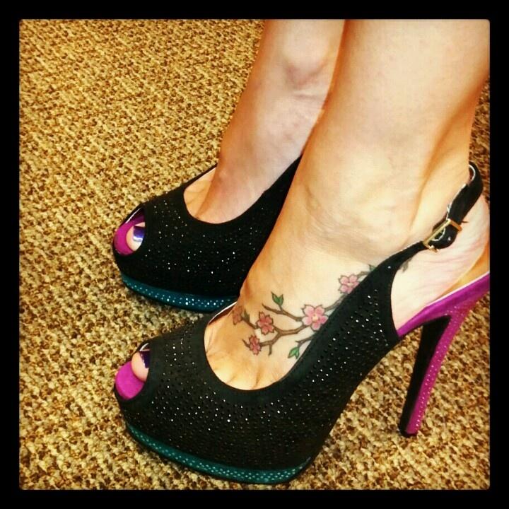 Club shoes