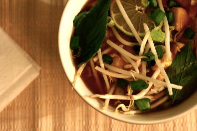 Vegan Vietnamese Pho Noodle Soup | Vegan Noms | Pinterest