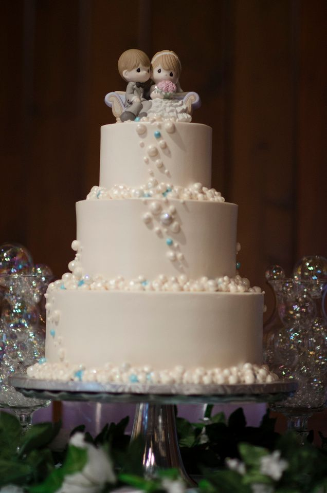 Wedding Cake Bubbles Theme