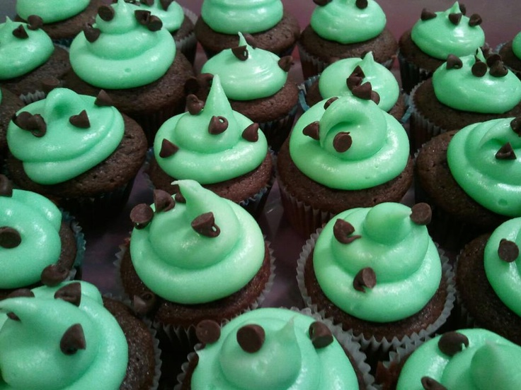 Mint Chocolate Chip Cupcakes | Yummies | Pinterest
