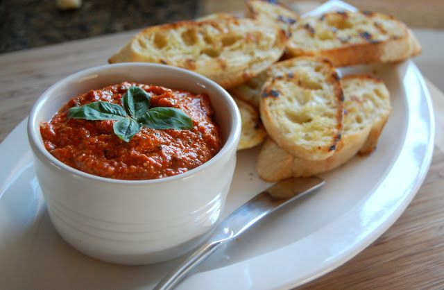 Roasted red pepper pesto | italian | Pinterest