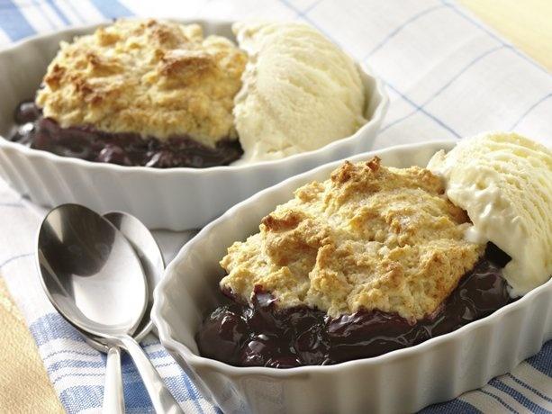 5-Ingredient Blueberry Cobbler: pie filling, Bisquick Heart Smart mix, sugar, fat-free skim milk, butter.