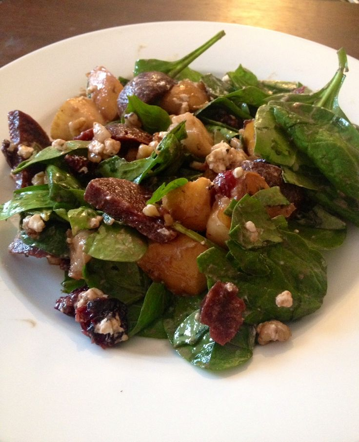 Pear and Goat Cheese Salad: spinach, pear, beets, walnuts, dried ...