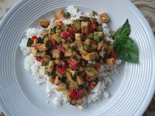 Jaclyn's Vegan Yumminess: Lime-Curry Tofu Stir-Fry