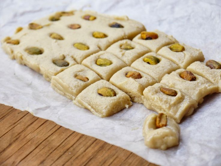 Sesame-Honey Fudge with Pistachio (Halaweh / Halawa) - See more at ...