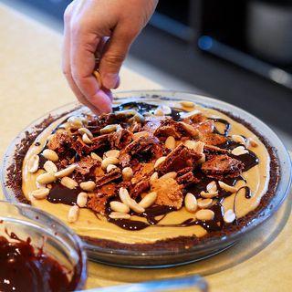 Peanut Butter Honeycomb Pie   Desserts   Pinterest