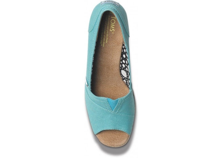 love the color. love wedges. super comfy. perfect. ordered. :)