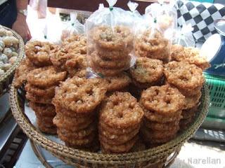 Khanom Kong | Sweets of ~ Thailand | Pinterest