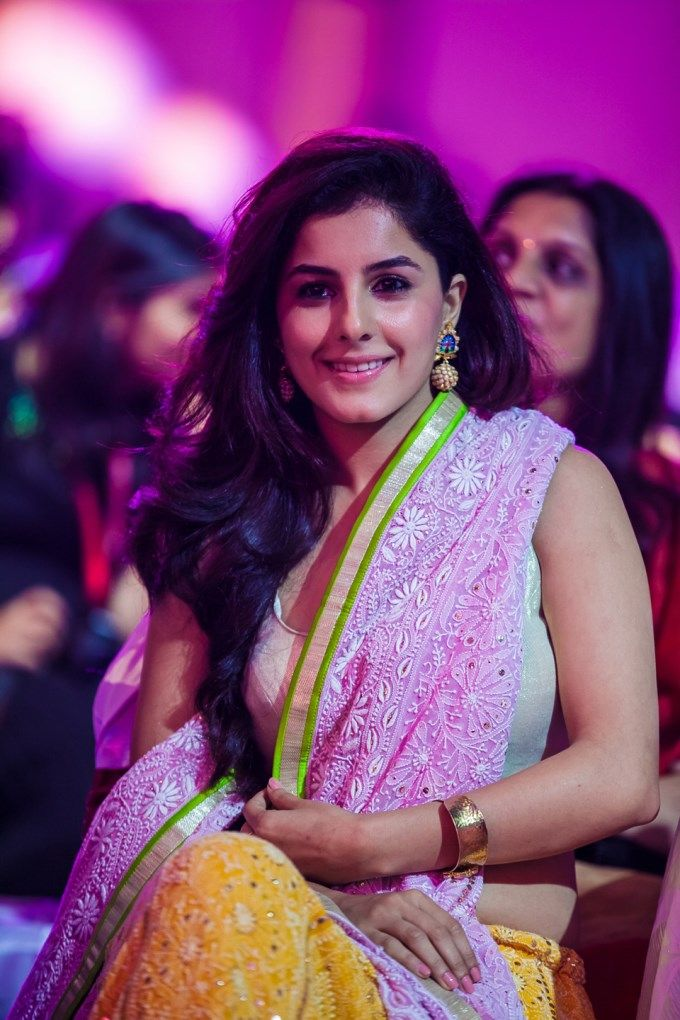 Isha Talwar at SIIMA Awards 2013 #Mollywood #Style #Fashion