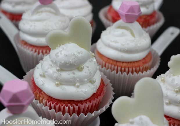 Bridal Shower Cupcakes | Strawberry Cupcakes with Marshmallow Frosting ...