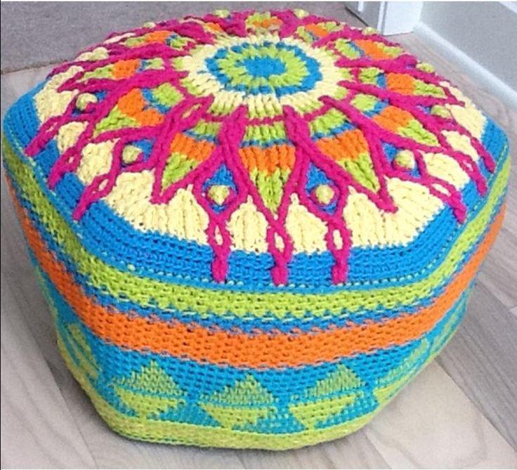 Crochet Ottoman : Crochet ottoman wonder if I could make that? Pinterest