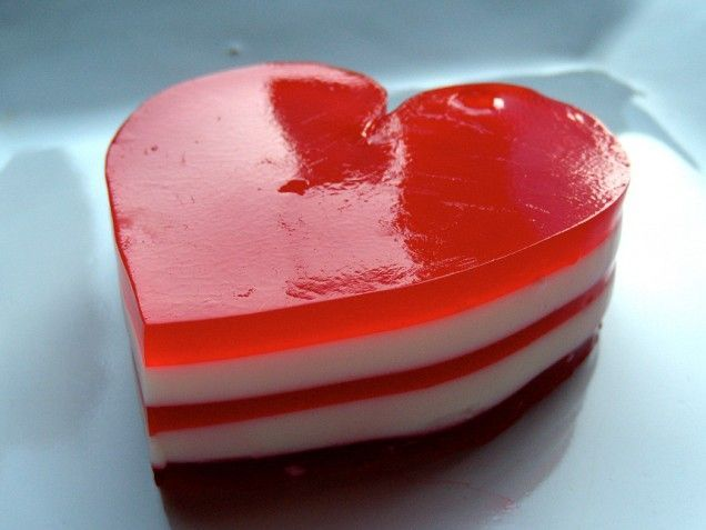 Valentines Day: Layered Jell-O Hearts | Cooking n baking | Pinterest