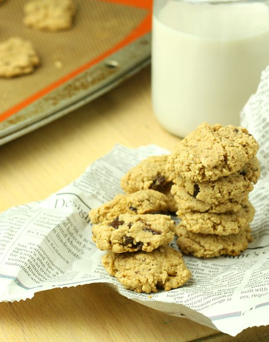 Low-Sugar And Whole Wheat Pumpkin Cookies With Almonds And ...