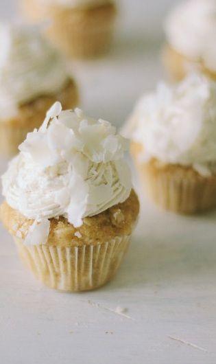 Coconut Buttercream Frosting I Love - Cupcakepedia