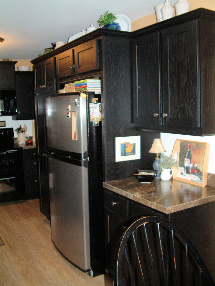 Black kitchen cabinetry #kitchens #cabinets