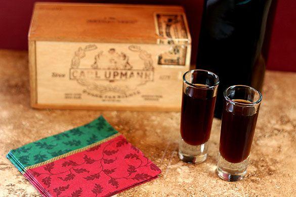 Better than Kahlua – How to Make Coffee Liqueur | I see homemade ...