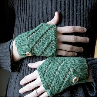 free pattern hand warmers Knitting, Sewing, and Crafting ...